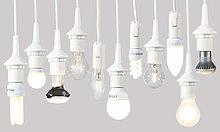 Verschiedene Leuchtmittel, Glühlampen, Energiesparlampen und LED-Lampen