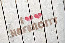 I love Hafencity, Aufdruck auf Holzbrettern