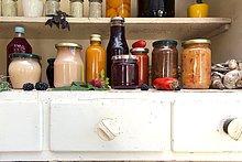 Lifestyle,Lebensmittel,Küche,Retro,Schrank,Glas,handgemacht