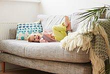 Portrait,Couch,Zimmer,Wohnzimmer,spielen