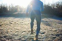 rennen,Rückansicht,Läufer,Kälte,Ansicht,Gras